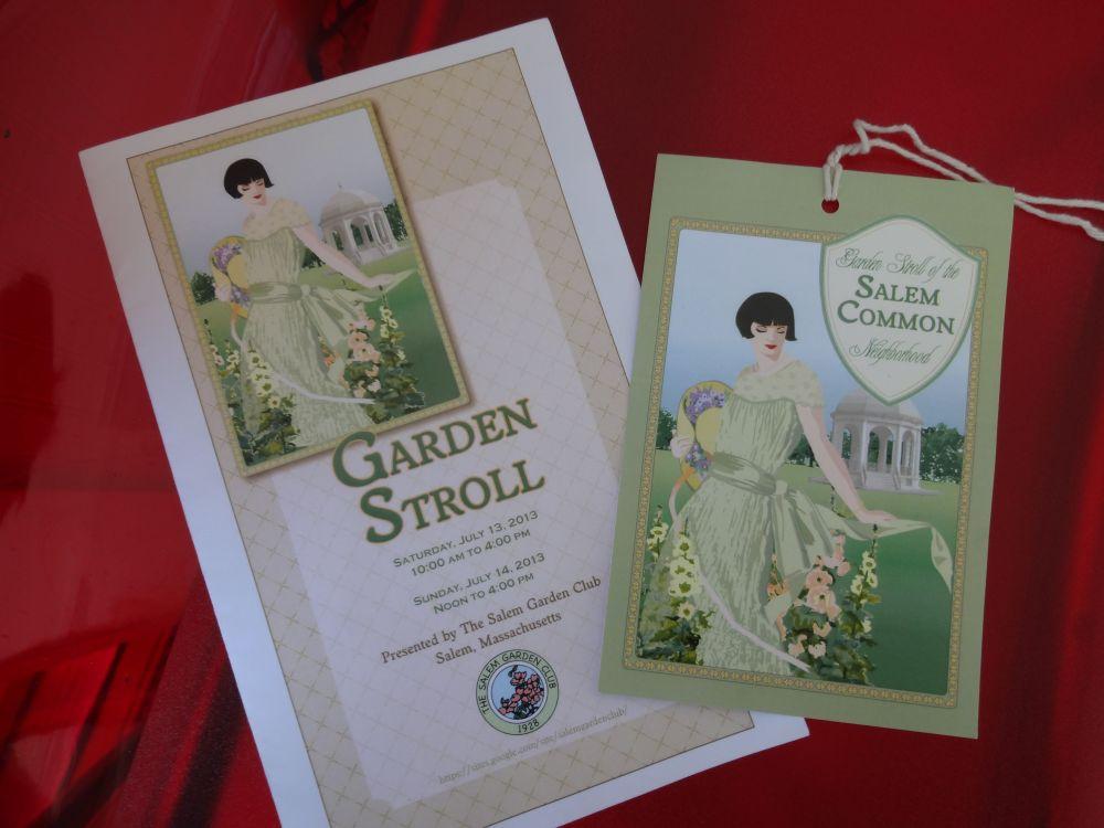 Strolling in Salem Gardens, A Garden Tour! (1/6)