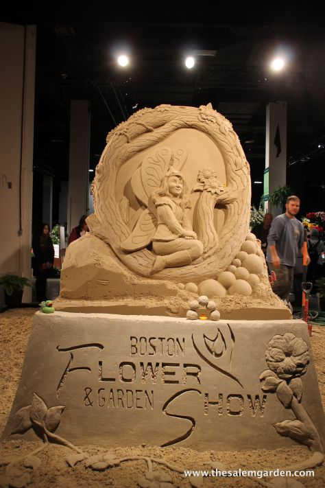 On to bigger things... a sand sculpture..